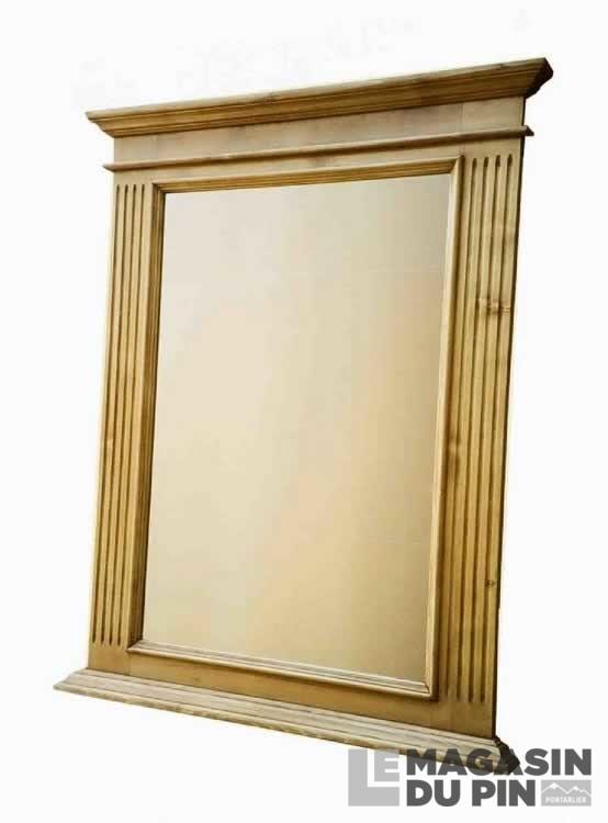 Miroir pin massif 86 x 110 cm transilvania le magasin du pin for Miroir avec cadre