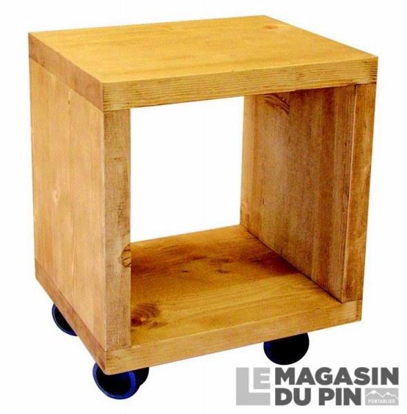 Cube 1 case sur roulettes